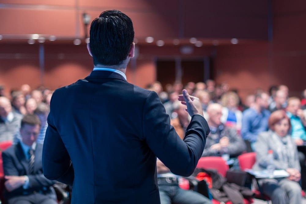 3 bonnes raisons de participer à des conférences tech